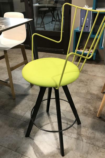 Chaise design acier verte