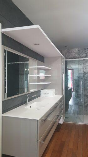 Meuble de salle de bain d'expo en vente