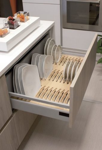 range-assiettes bois haut de gamme