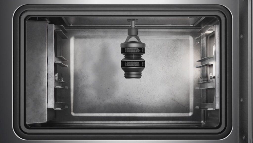 Systeme de nettoyage automatique des fours combiné vapeur Gaggenau